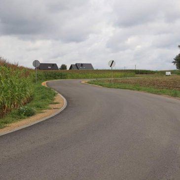 Trzy drogi powiatowe z nową nawierzchnią